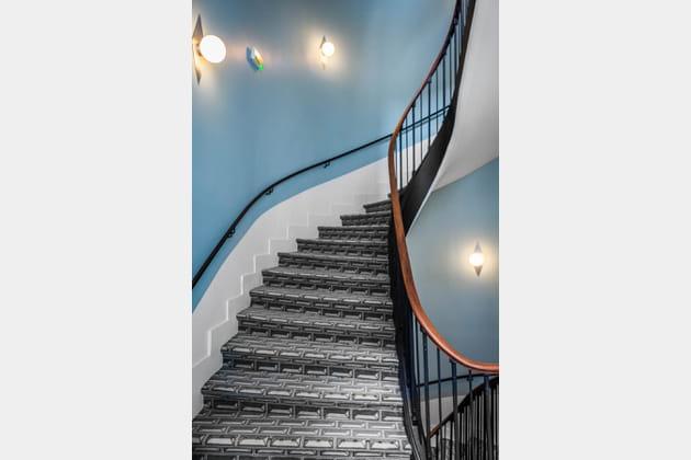 Escalier d'époque remis au goût du jour