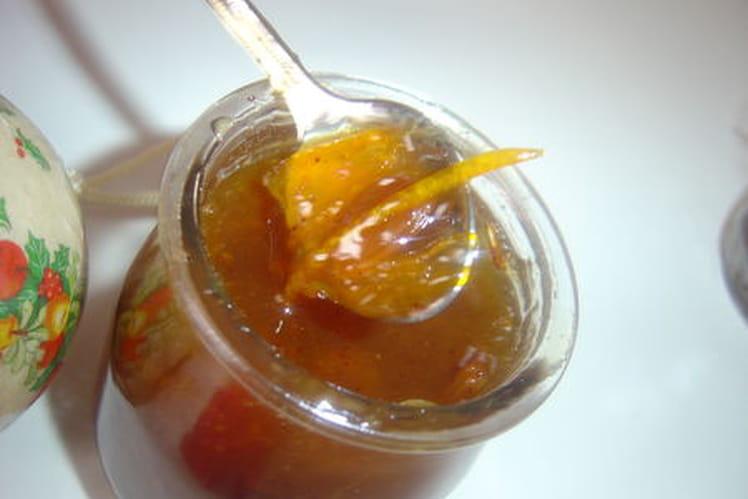Confiture d'orange épicée au rhum et aux raisins