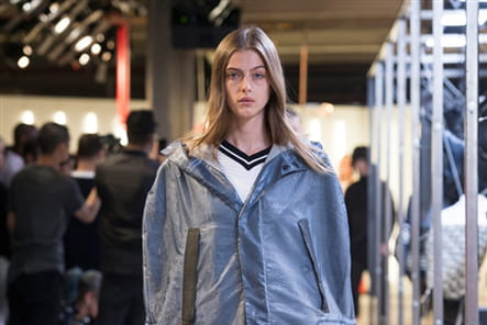 Tim Coppens And Under Armour - passage 5