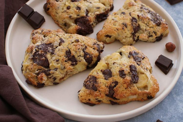 Scones au chocolat, noisettes et pomme