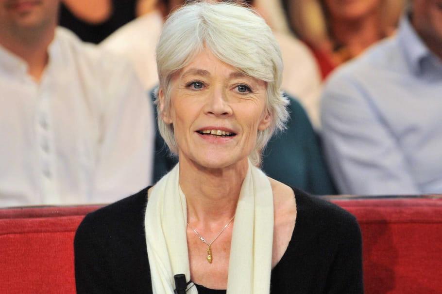 """Françoise Hardyse """"maintient en vie"""": Réincarnation, Larmes de Thomas Dutronc et """"Plus grand bonheur"""""""