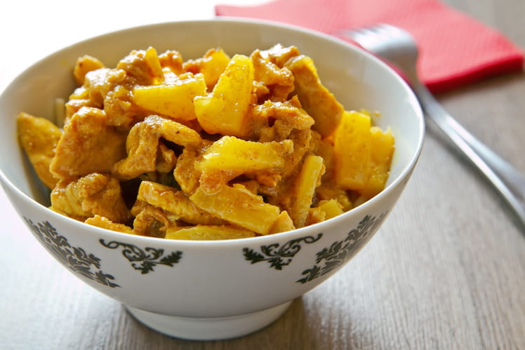 Poulet au curry et ananas