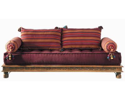 10 objets pour une d co bollywood - Banquette lit maison du monde ...