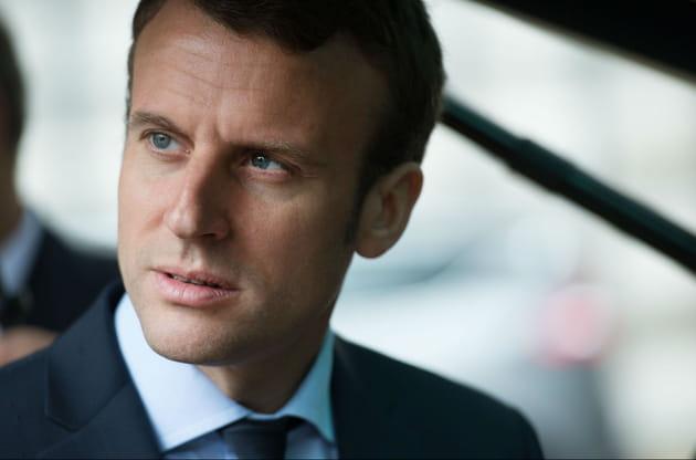 12e : Emmanuel Macron, politicien bien fringué