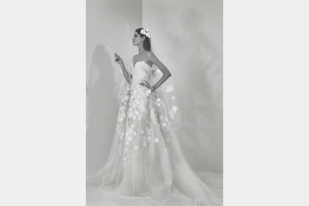 Une robe de mariée charmante