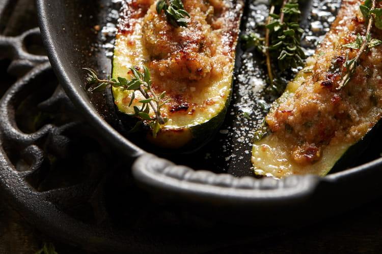 Courgettes farcies à la saucisse de Morteau