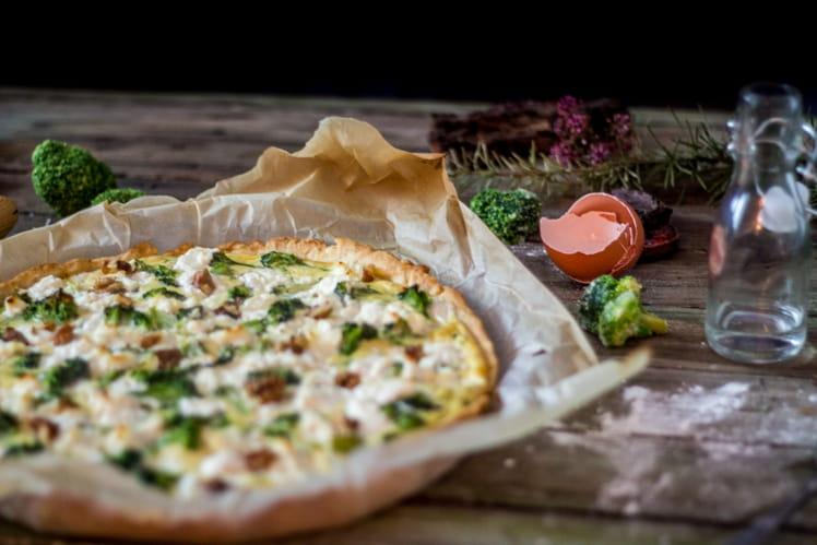 Tarte aux brocolis fromages et noix