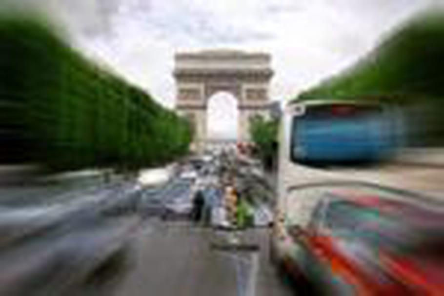 Joël Robuchon investit les Champs-Elysées