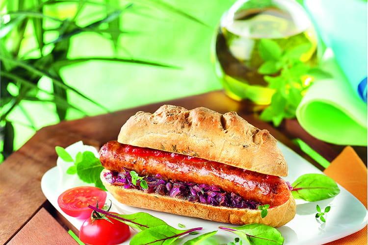 Hot dog à la saucisse au piment d'Espelette