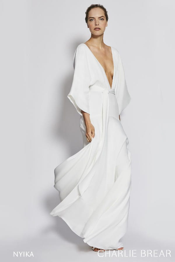 robe-de-mariee-simple-boheme-charlie-brear