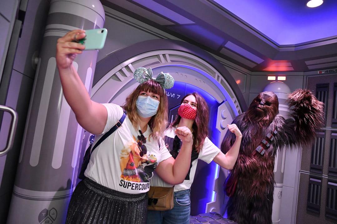 selfie-spot-disneyland-paris-chewbacca