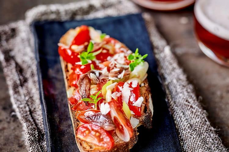 Bruschetta «tomates et anchois fumés»