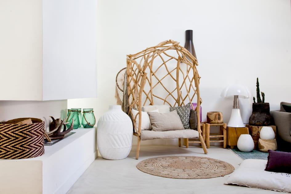 Un fauteuil tressé façon nid pour dieu adieu au canapé