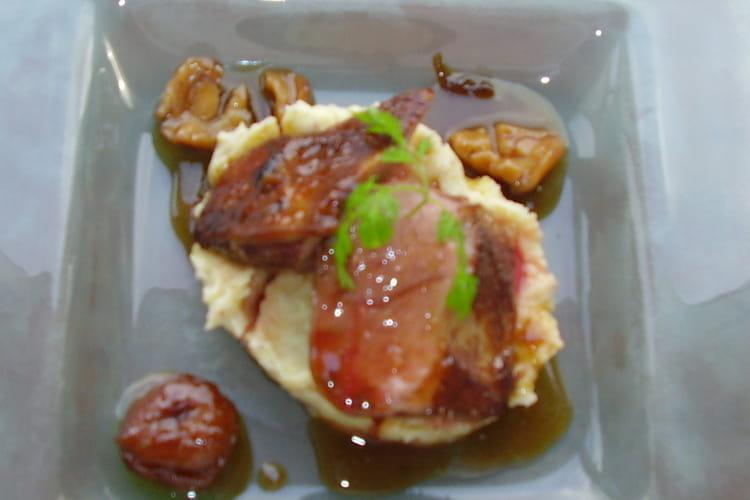Magret de canard au miel et sa purée aux marrons