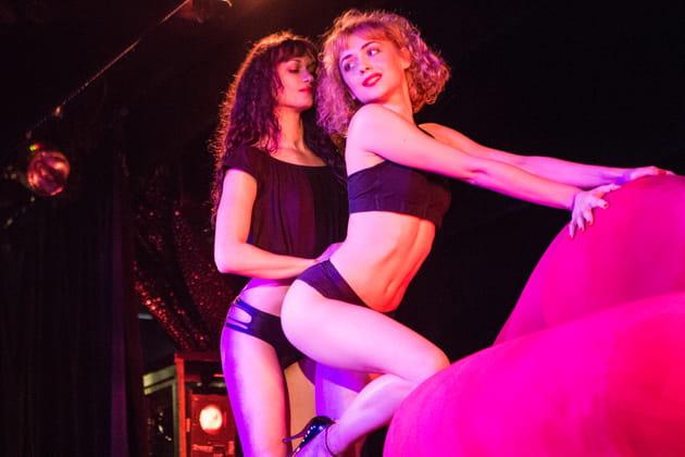 Crazy Horse: immersion dans les coulisses du célèbre cabaret