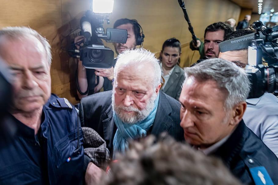 """Procès Preynat: """"Pour moi, c'était des caresses en cachette"""", avoue l'ex-prêtre"""