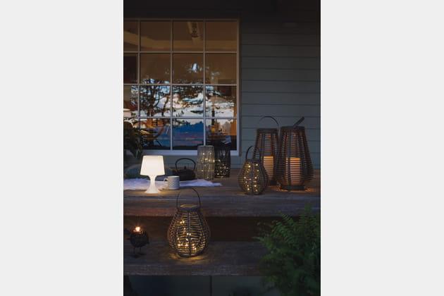 Lampe et lanternes solaires chez Jardiland