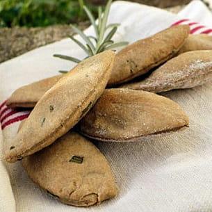 crackers à l'avoine et aux herbes aromatiques