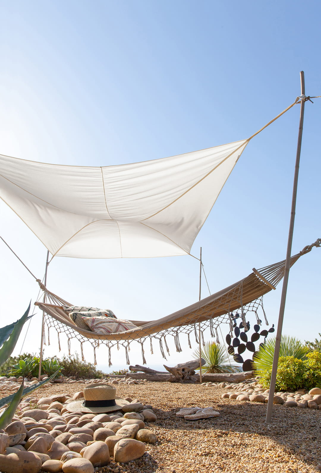 comment se prot ger du soleil au jardin ou sur la terrasse. Black Bedroom Furniture Sets. Home Design Ideas