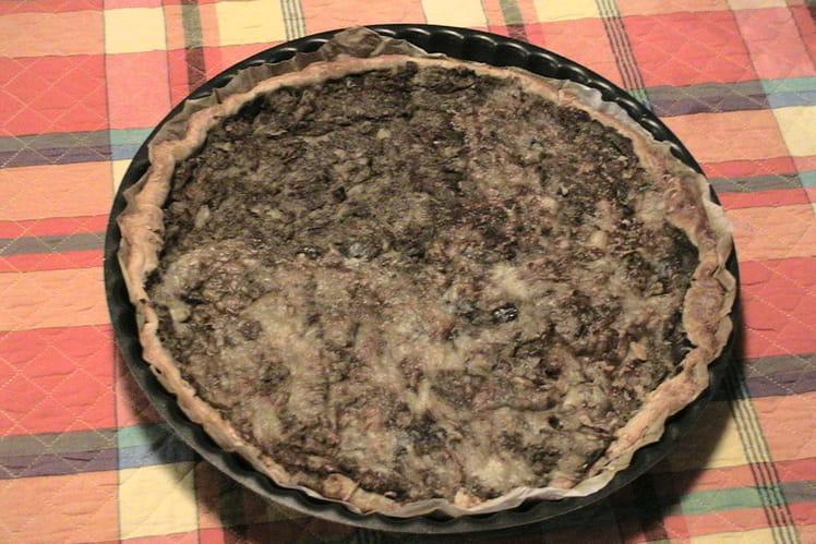 Tarte à l'aubergine, thon et lardons