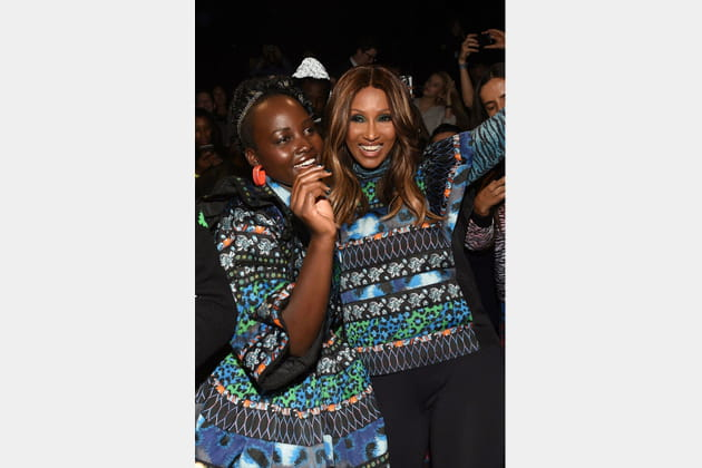 Lupita N'yongo et Iman, déchaînées chez H&M x Kenzo