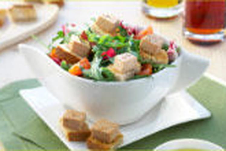 Salade de mesclun et mousse de canard Weight Watchers sur toast