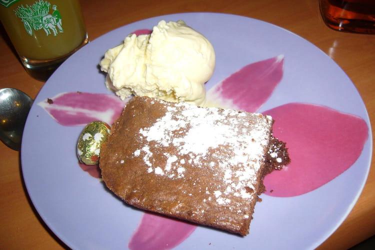 Brownie aux pépites de chocolat et aux noix