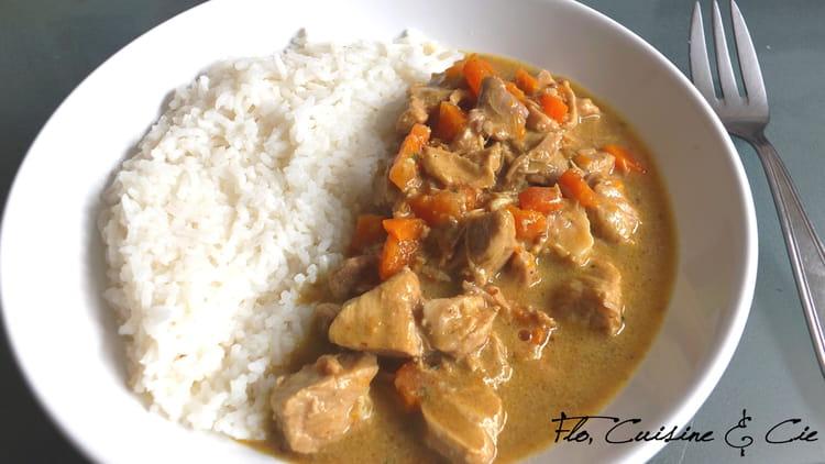 recette de porc au curry et carottes la recette facile. Black Bedroom Furniture Sets. Home Design Ideas