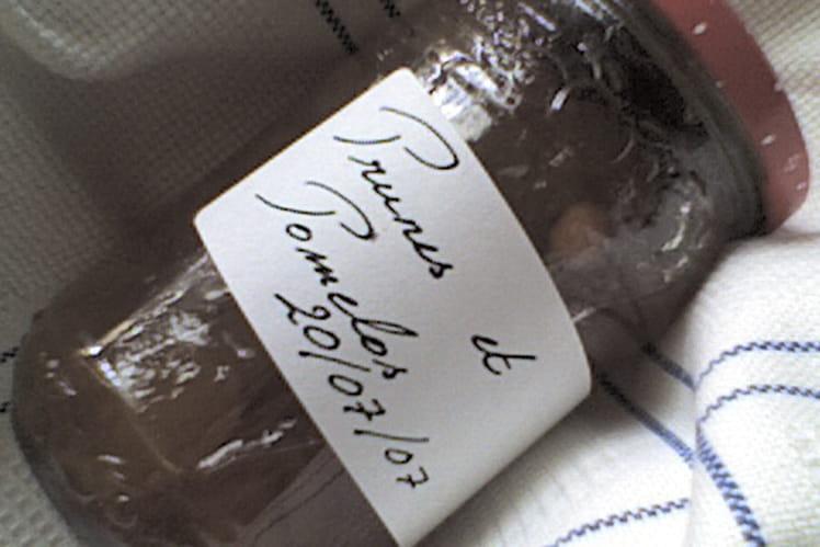 Confitures de prunes pomelos roses