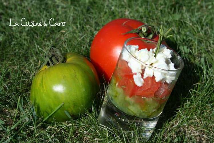 Verrines de duo de tomates et concassée de feta
