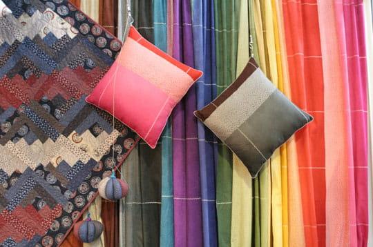 Tissus japonais colorés