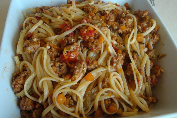 Spaghettis à la sauce Al Ragù