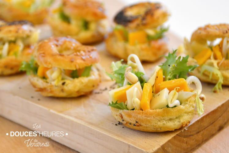 Choux apéritifs thon, fromage, salade et haricots mungo