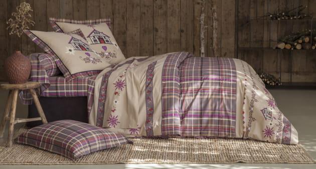 Parure de lit chalet et flocons par Becquet