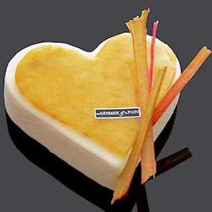 le coeur gourmand de gâteau et du pain