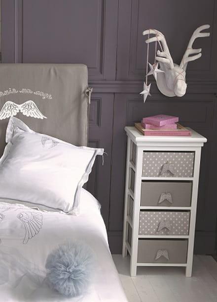 table de chevet et chiffonnier ange de maisons du monde. Black Bedroom Furniture Sets. Home Design Ideas