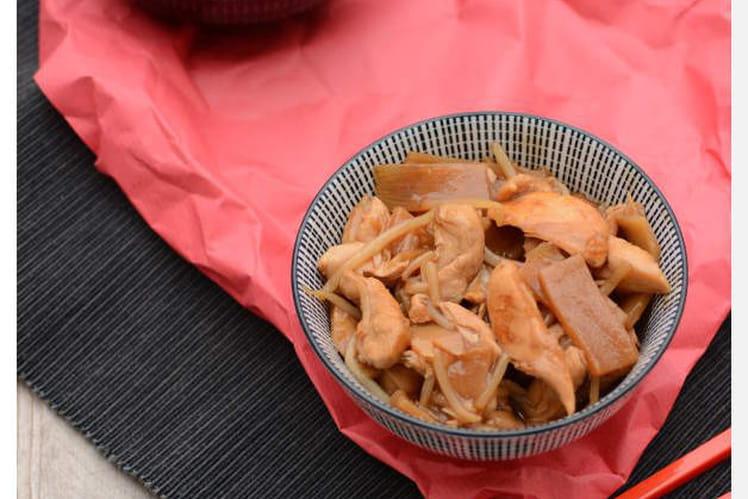 Poulet sauce soja, pousses de bambou et germes de soja