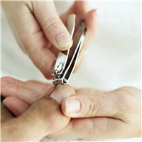 attention au coupe-ongle, il peut être à l'origine d'ongles incarnés en série.