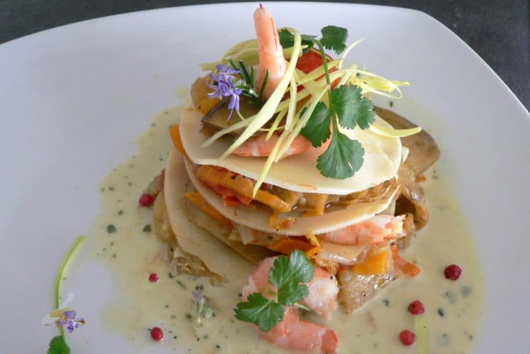 Ravioles aux légumes et crevettes, sauce  au curcuma