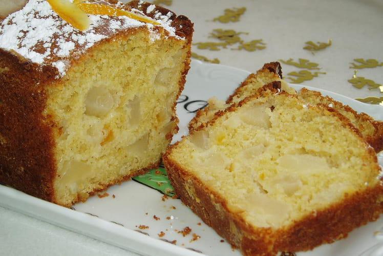 Cake aux poires et écorces de clémentines confites