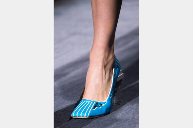 Fendi Couture (Close Up) - photo 43