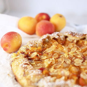 tarte rustique abricots et amandes