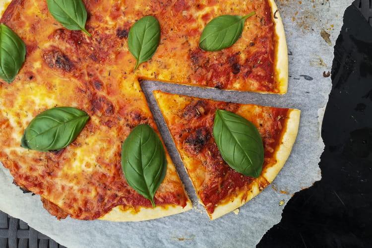 Pâte à pizza (sans repos ni levure)