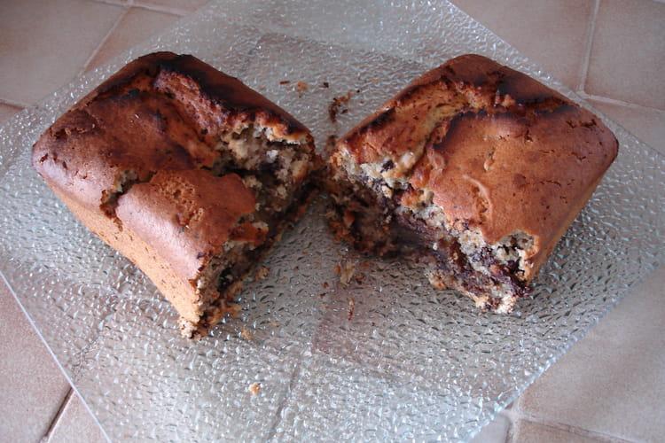 Cake fondant au lait de coco et au chocolat