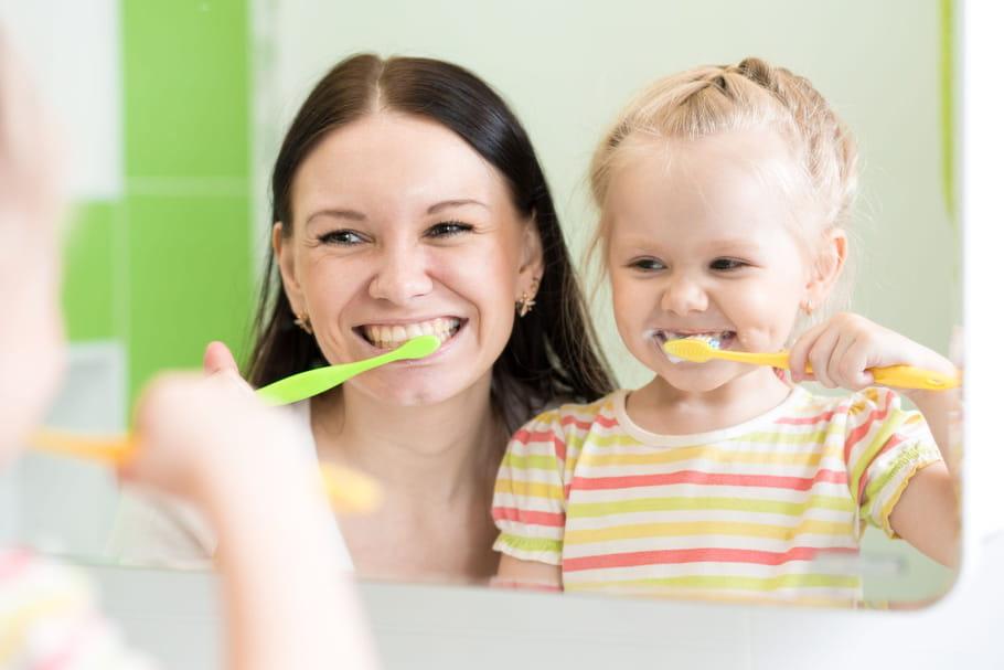 7astuces pour l'inciter à se brosser les dents
