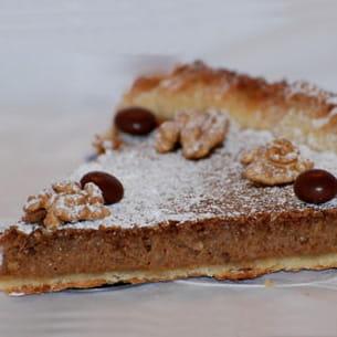 tarte aux noix et café