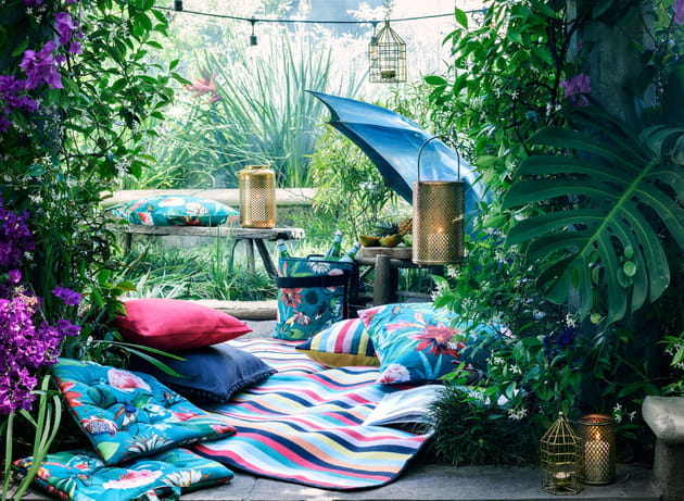 Des coussins extérieurs ambiance tropicale