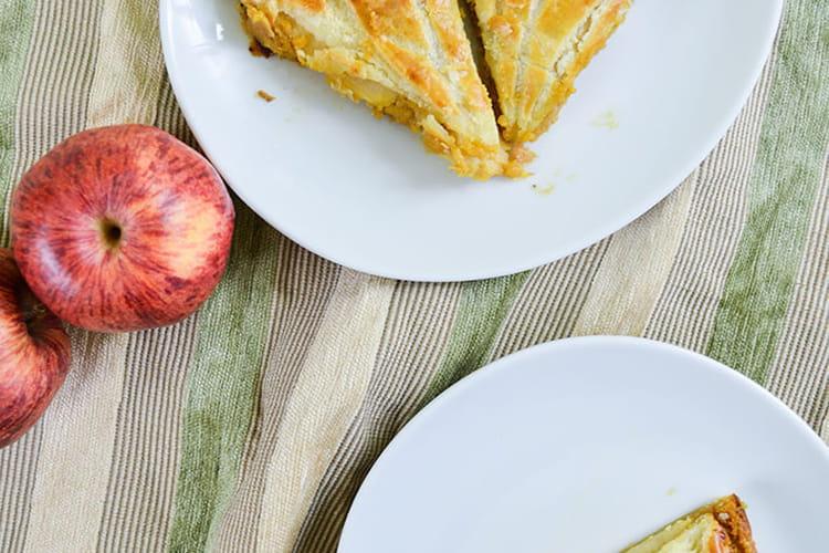Galette des rois frangipane au caramel et pommes