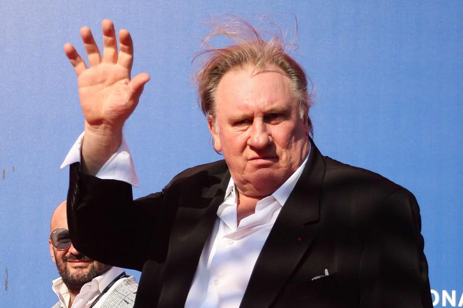"""Gérard Depardieu balance son """"corps"""", la """"merde terrible"""", ceux qui lui """"lavent le c**""""..."""