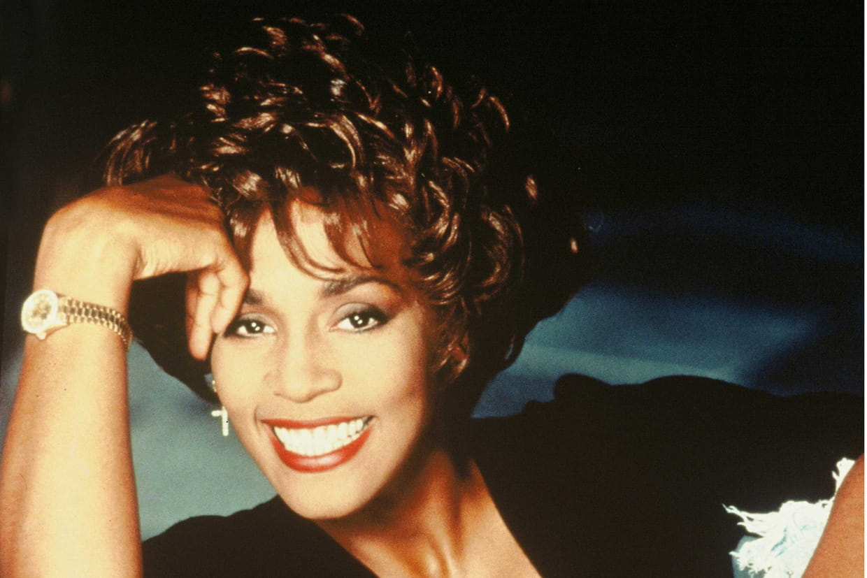 Whitney Houston Masques de c/él/ébrit/és Smile